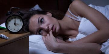 صعوبة النوم أفضل ممارسات اليوجا قبل النوم من أجل ليلة نوم هانئة