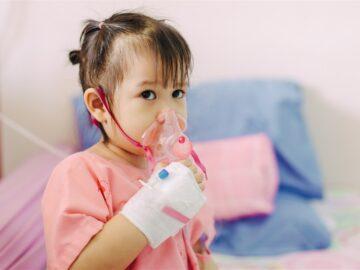أعراض خطيرة للوكيميا الأطفال ... لا تتجاهلوها! | اعراض سرطان الدم عند الاطفال